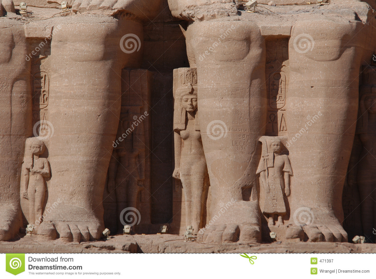 a comparison of ramses design and egyptian temples Compare and contrast egyptian and greek temples use the temple of ramses ii, abu simbel to compare to the parthenon in athens, looking at purpose, function, & architectural.