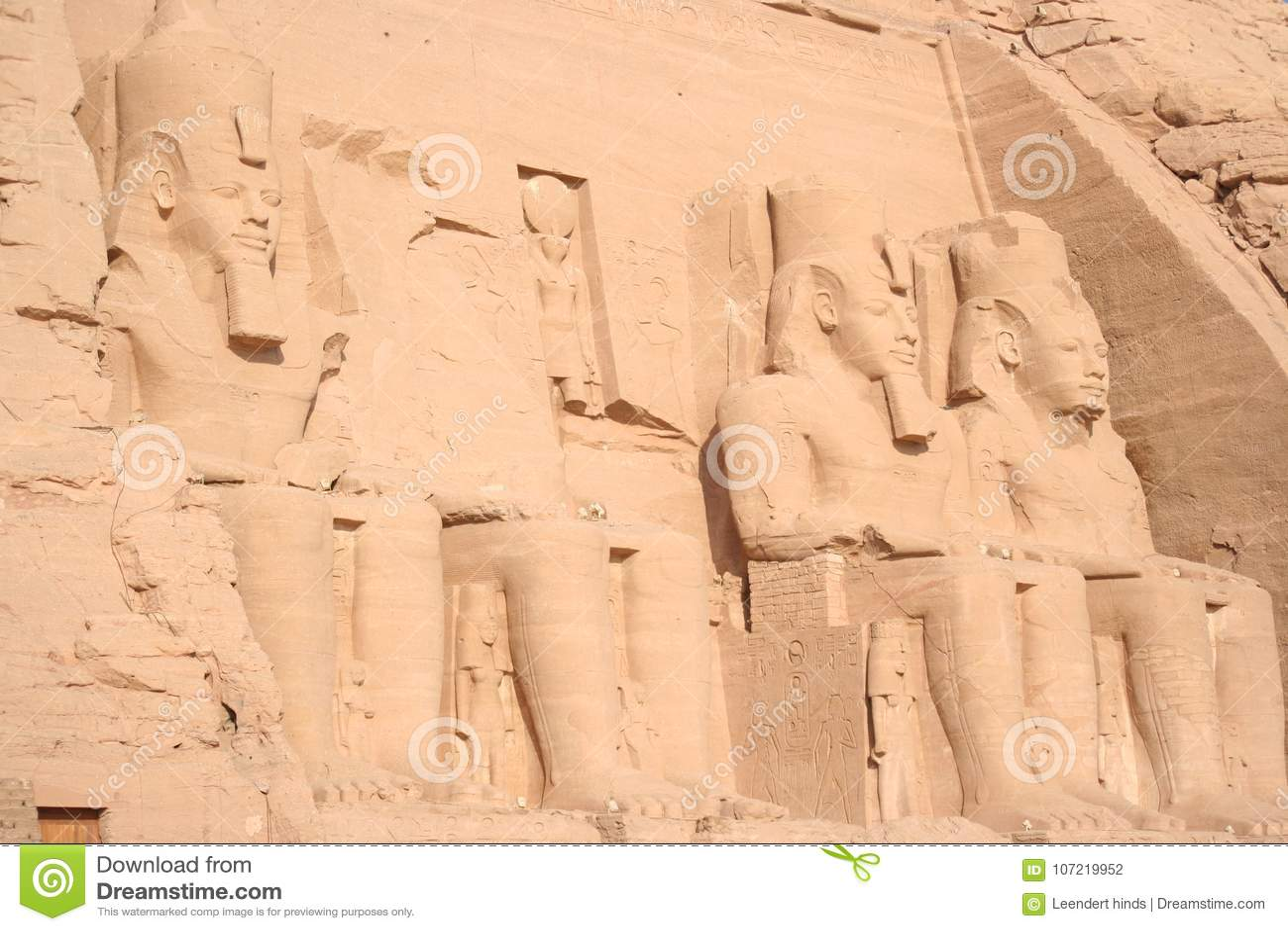 Abu simbel farao grób w Egipt