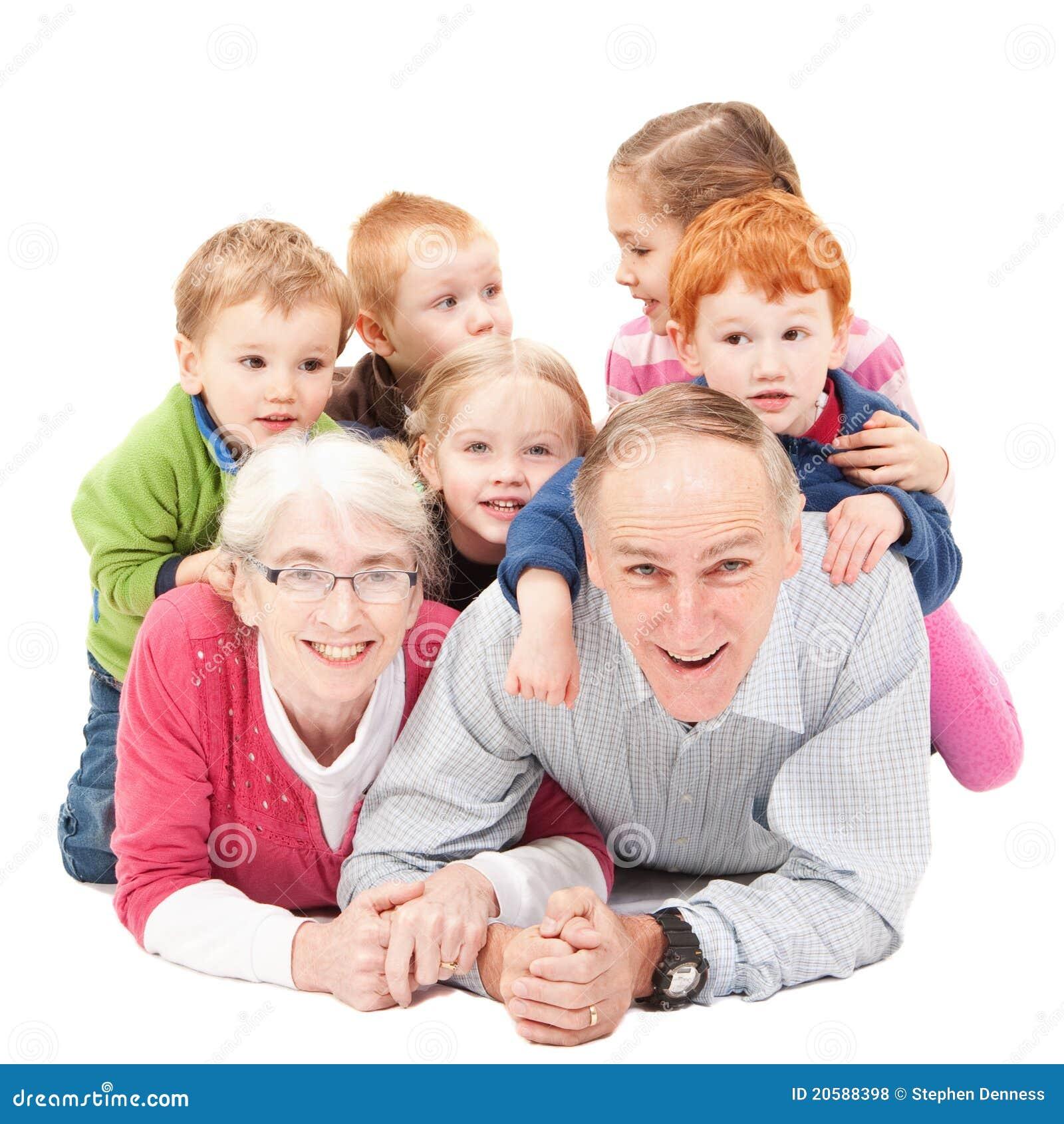 Los abuelos que se convierten en padres de sus nietos - Etapa Infantil