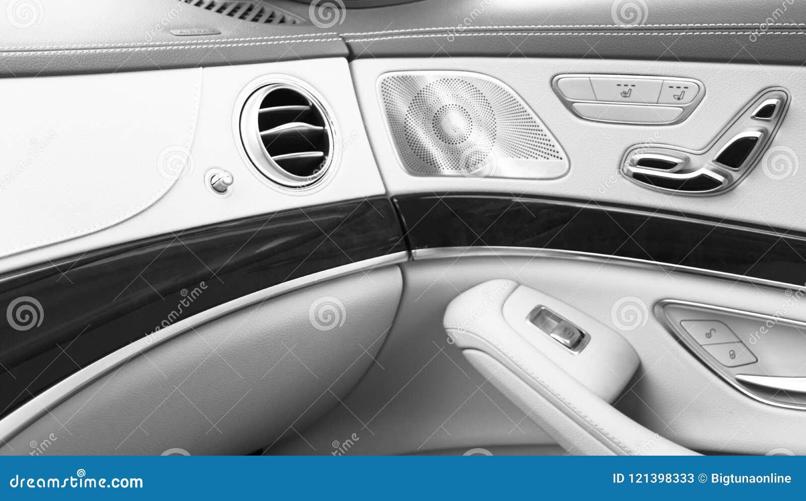 Ac Ventilation Deck Luxury Car Interior Door Handle With Power Seat