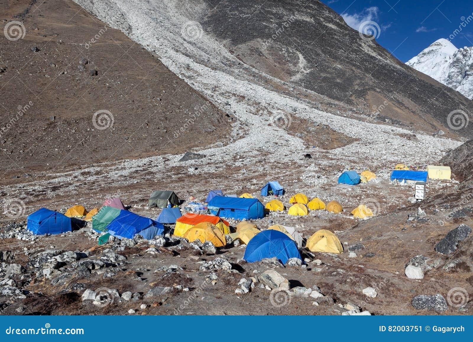 ACAMPAMENTO BASE TREK/NEPAL DE EVEREST - 25 DE OUTUBRO DE 2015