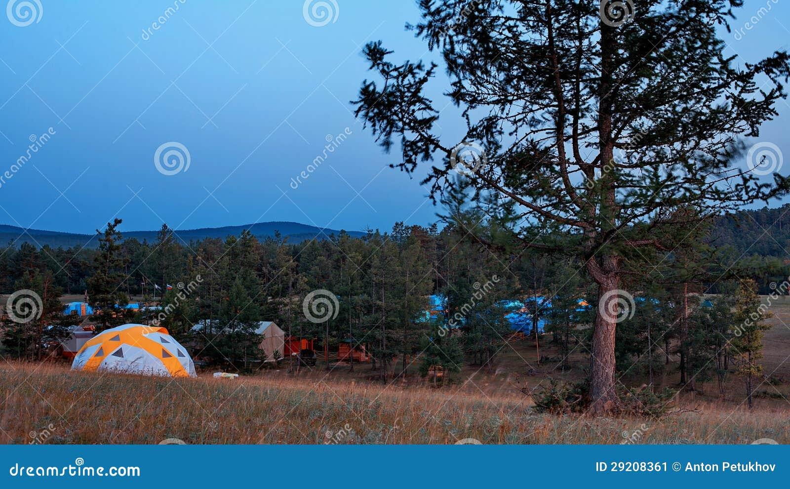 Acampamento na ilha de Olkhon