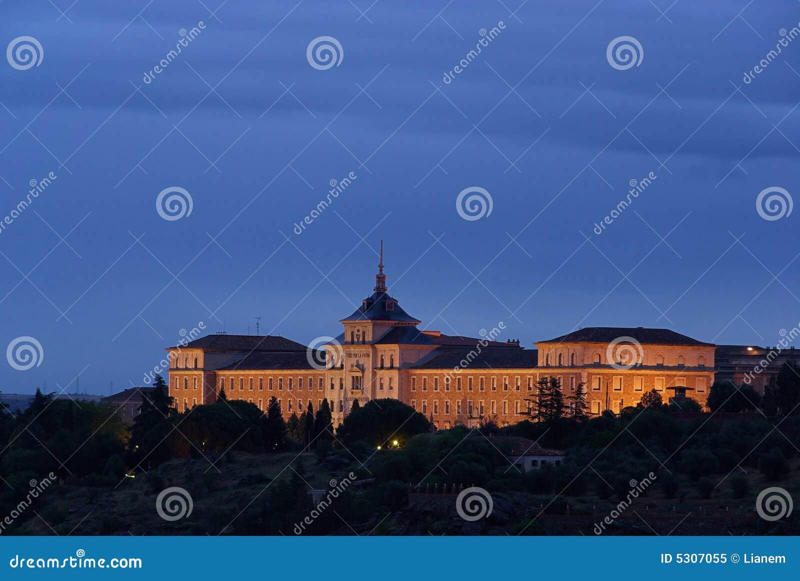 Download Accademia 01 di Toledo immagine stock. Immagine di notte - 5307055