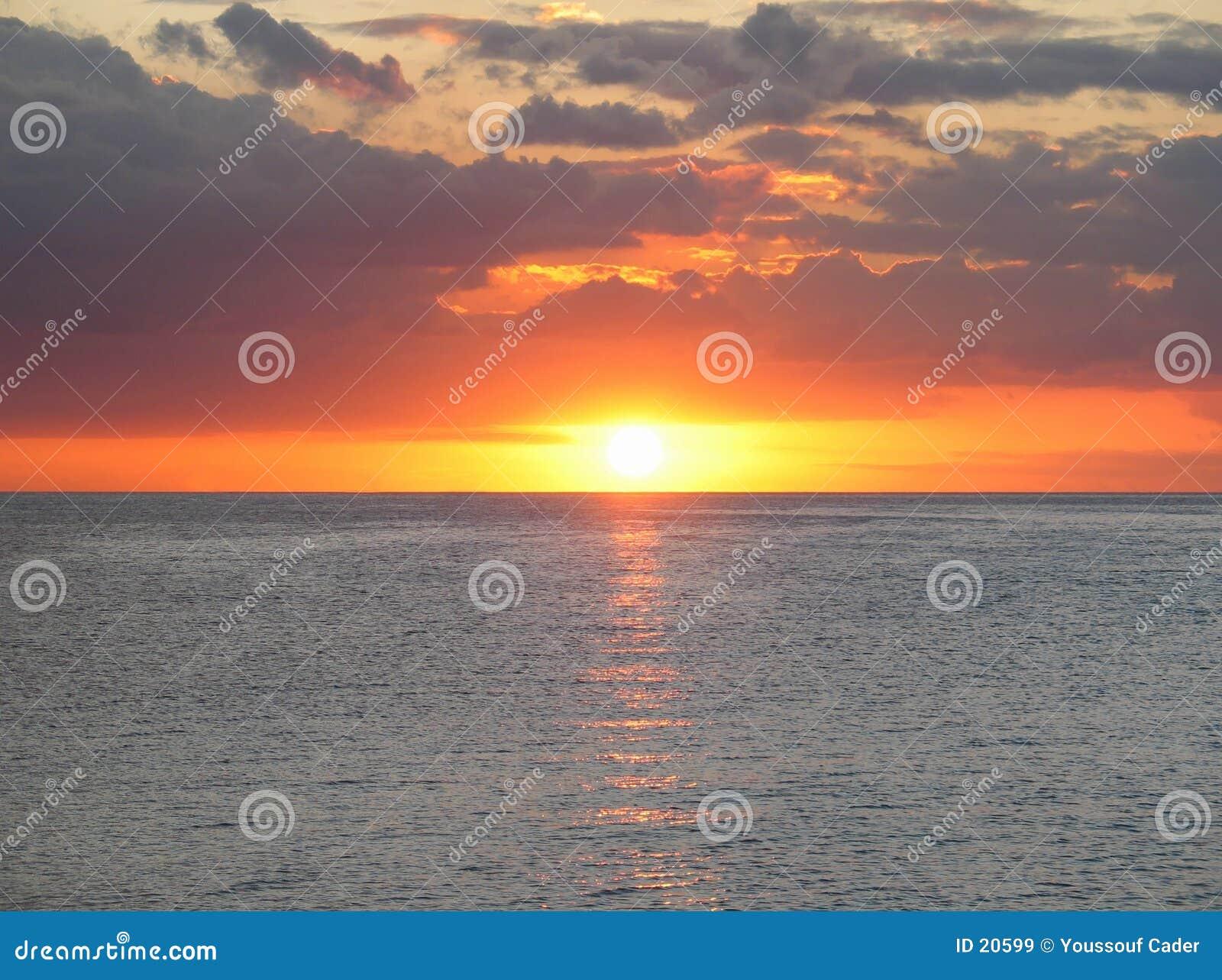 Acceso de la puesta del sol