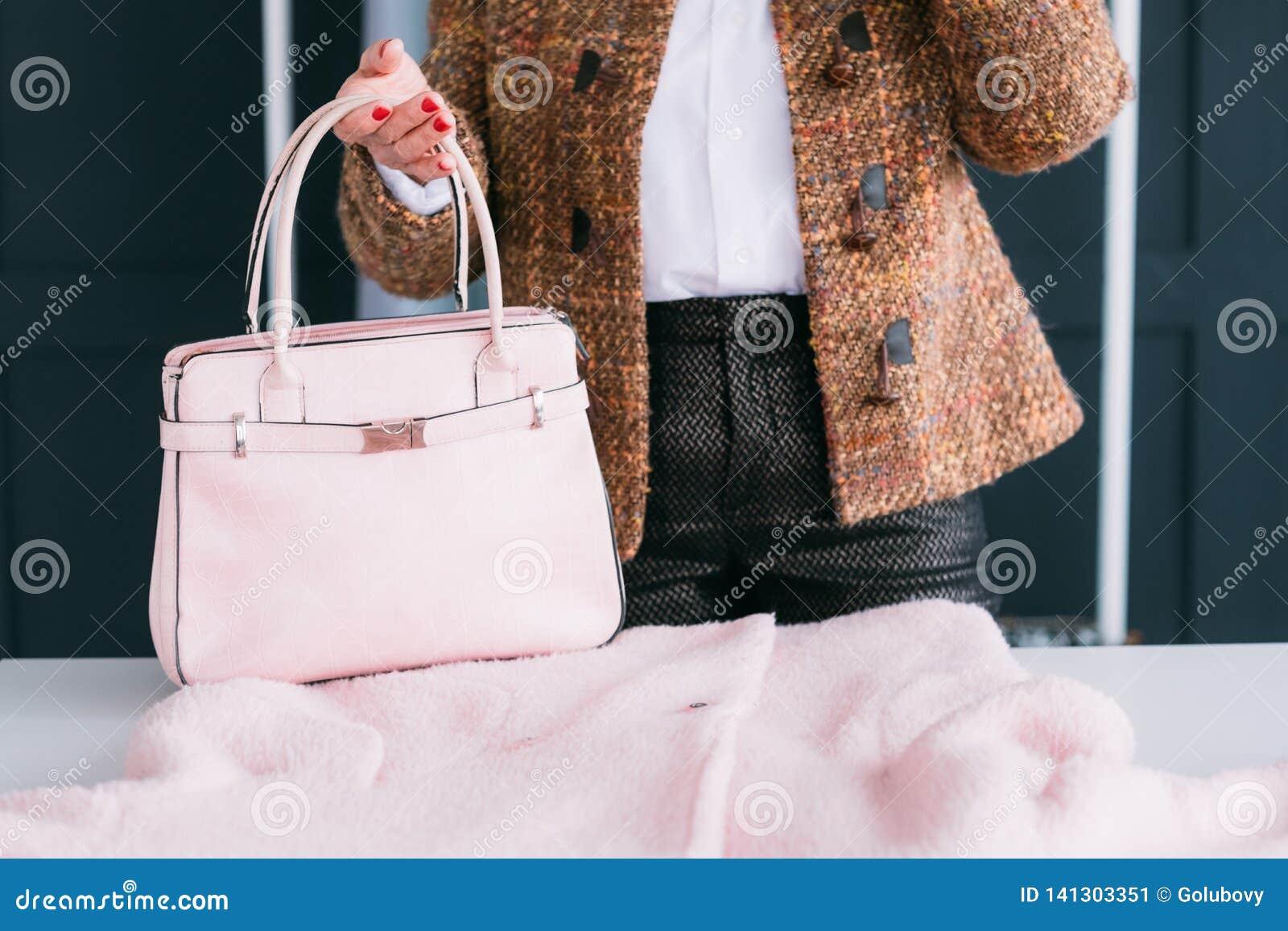 Accessoire de sac d équipement d élégance de style de garde-robe de femme