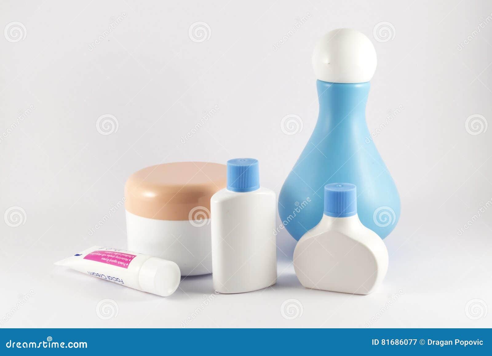 accessoires salle de bain pour bebe inspiration pour la conception de la salle de. Black Bedroom Furniture Sets. Home Design Ideas