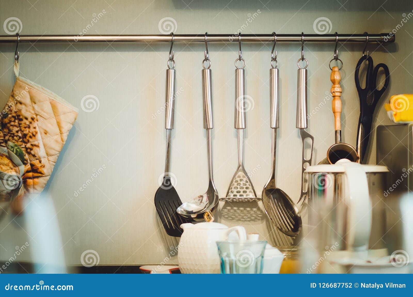Accessori della cucina Progettazione della cucina moderna