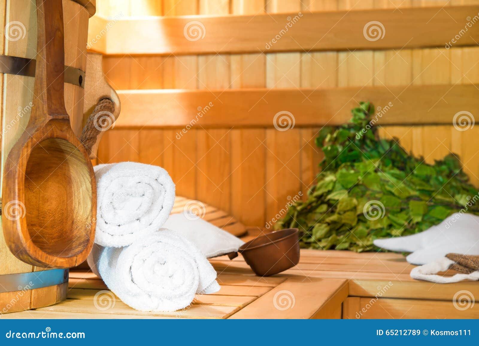 Accessori Per Bagno Turco.Accessori Per Il Finlandese Un Bagno Turco Immagine Stock Immagine Di Oggetti Besom 65212789