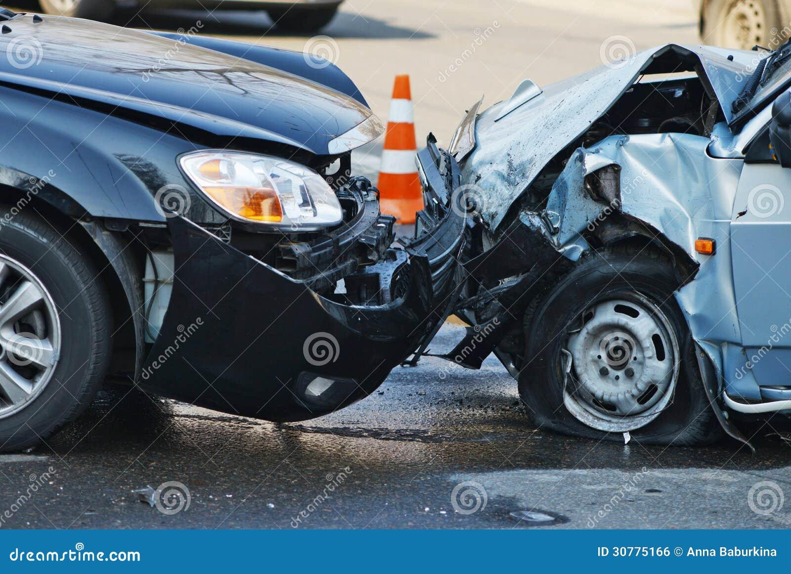 accident de voiture photo stock image du ivre perte 30775166. Black Bedroom Furniture Sets. Home Design Ideas