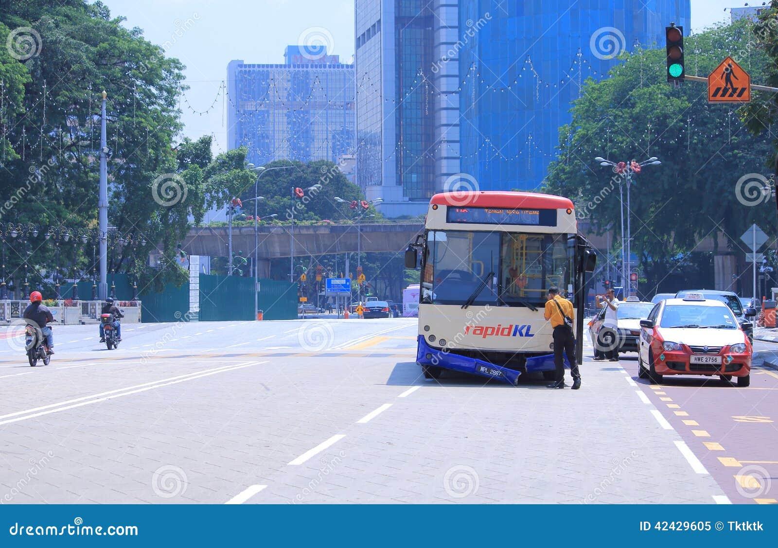 Accidente de tráfico Kuala Lumpur