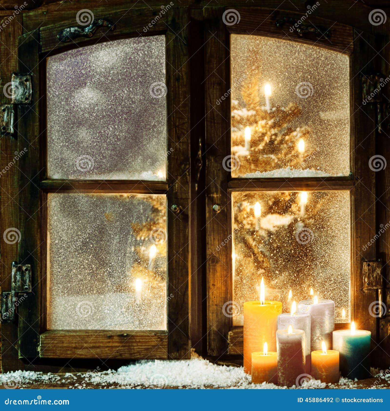 Accogliere favorevolmente la finestra di natale in una - Davanzale finestra ...