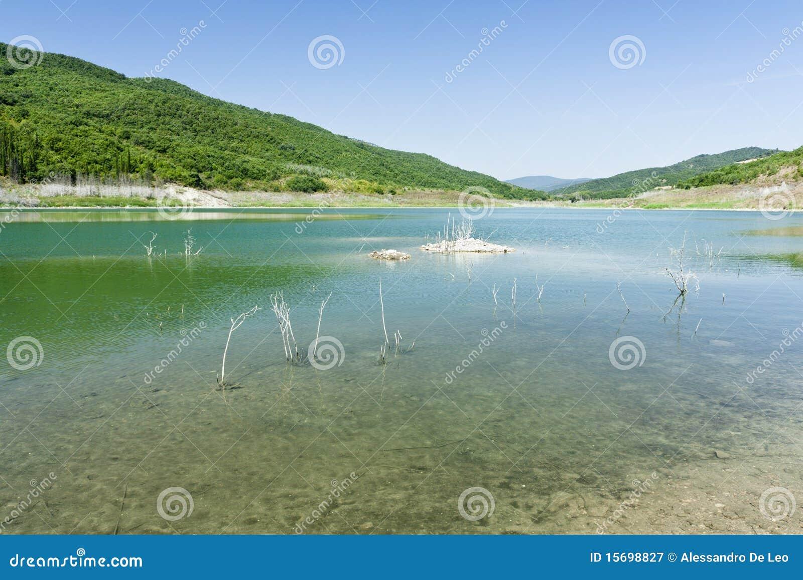 Acerenza湖