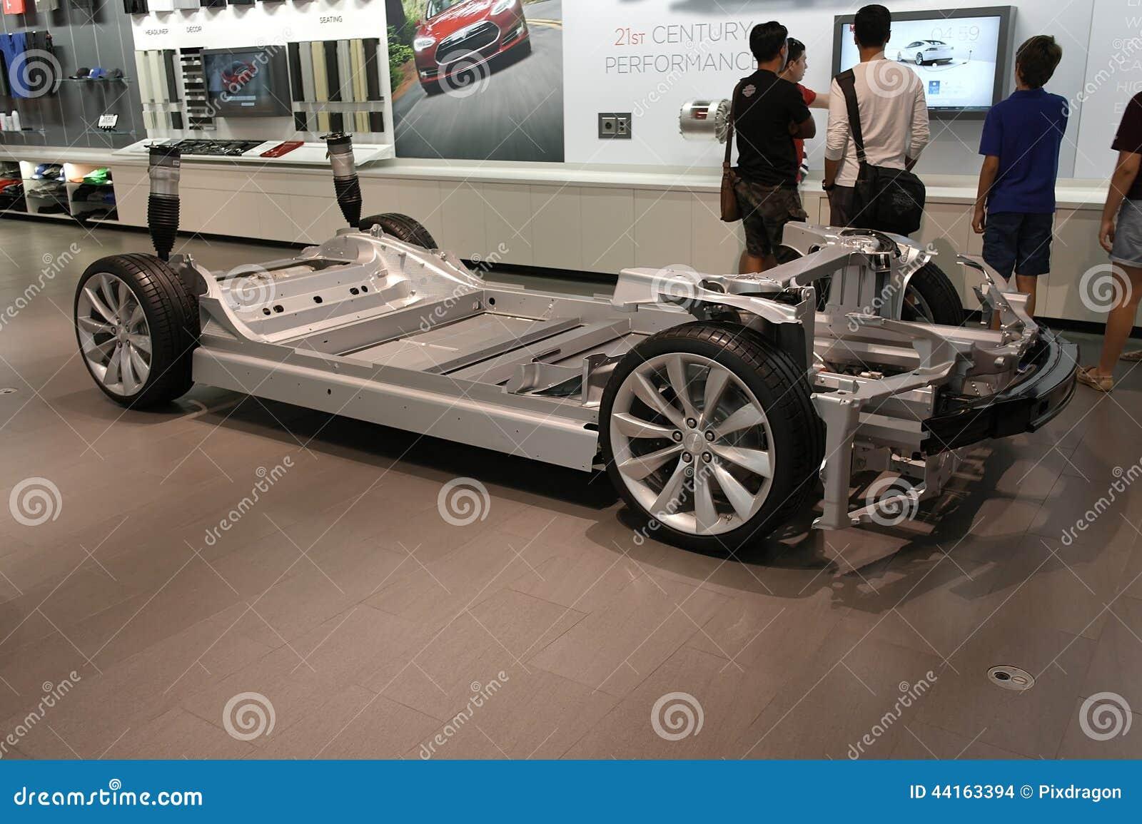 achat pour une voiture lectrique image stock ditorial image 44163394. Black Bedroom Furniture Sets. Home Design Ideas