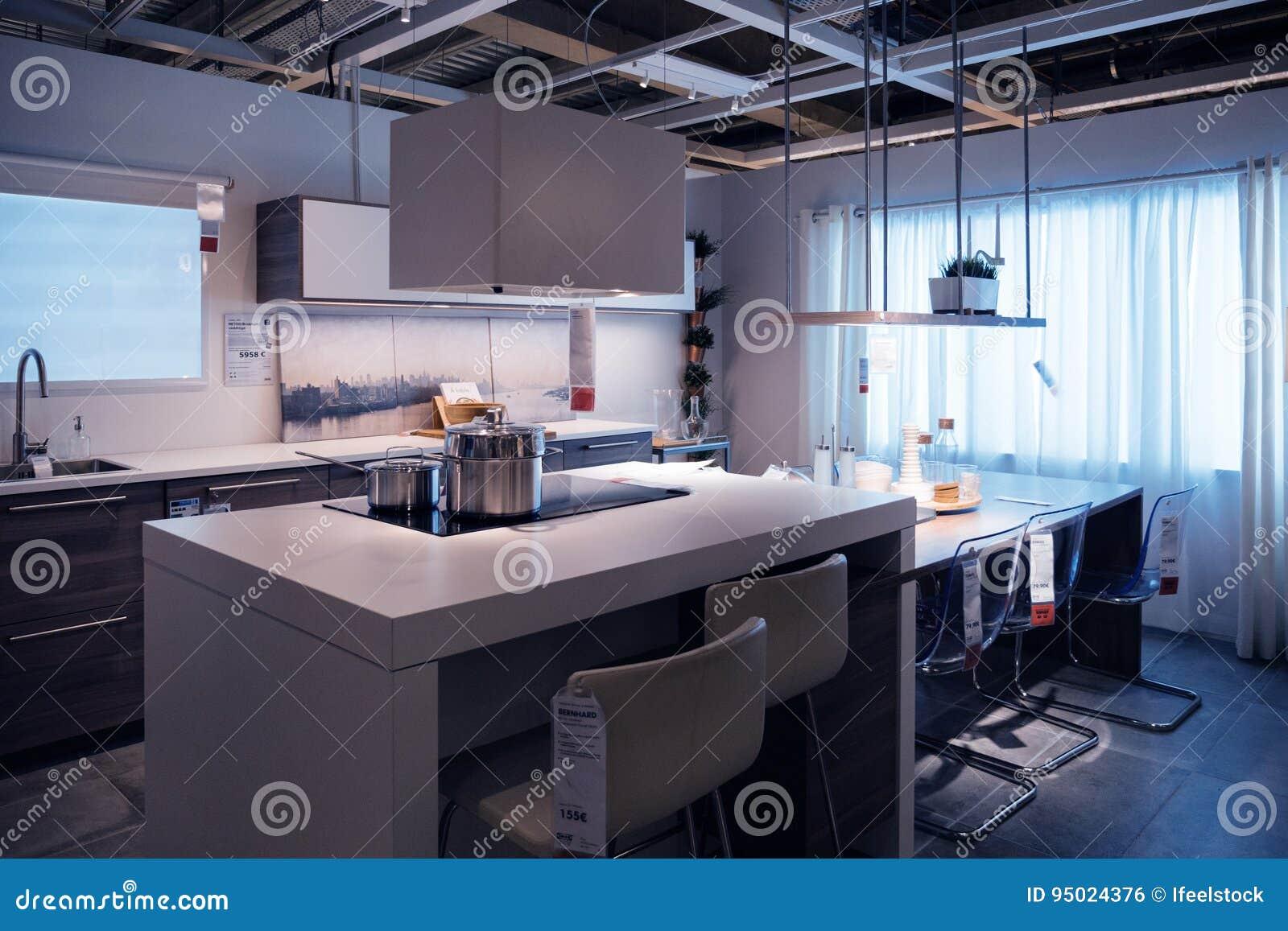 Achats A Domicile De Modele De Magasin De Cuisine D Ikea Photo