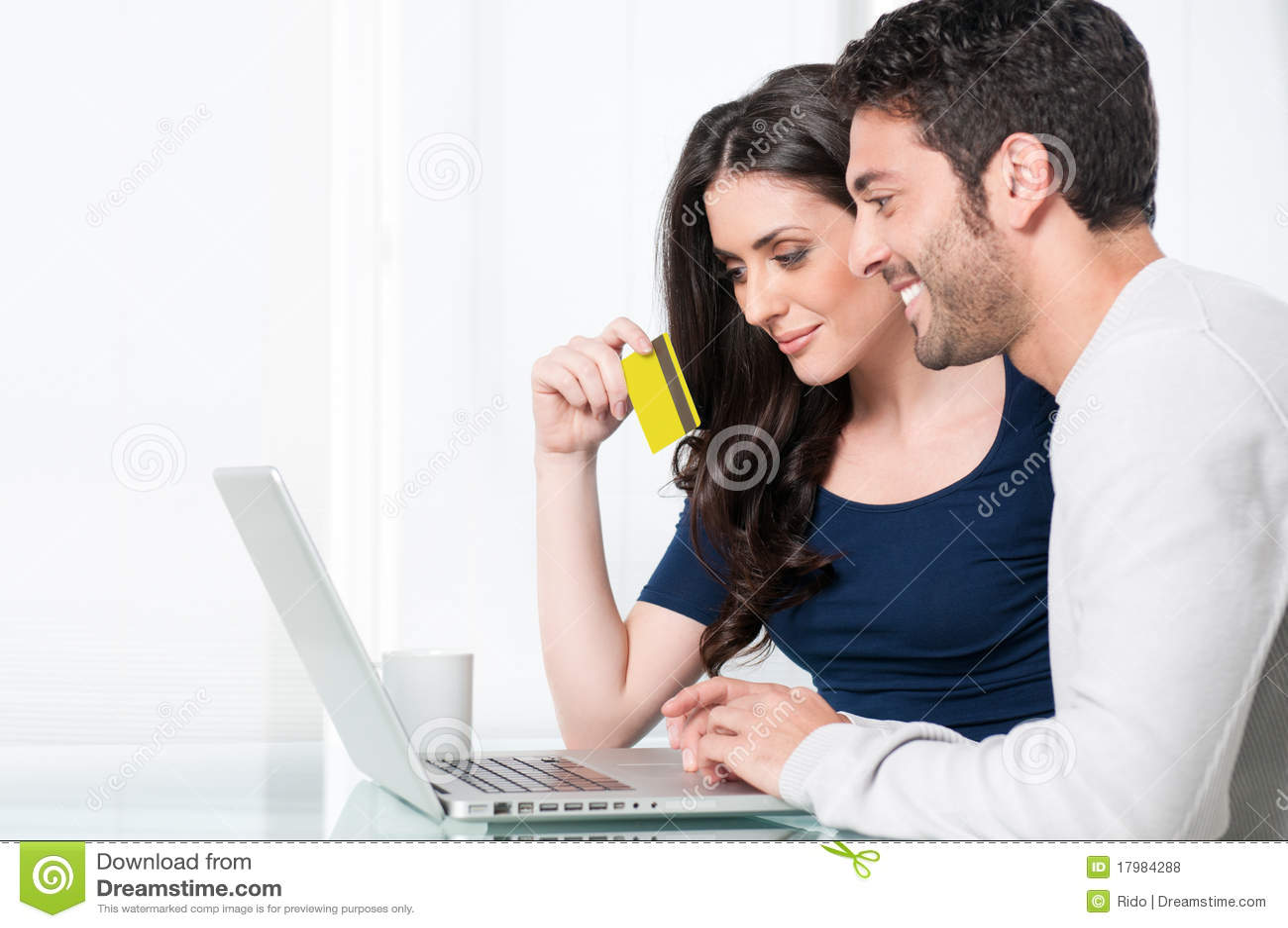 Achats en ligne heureux