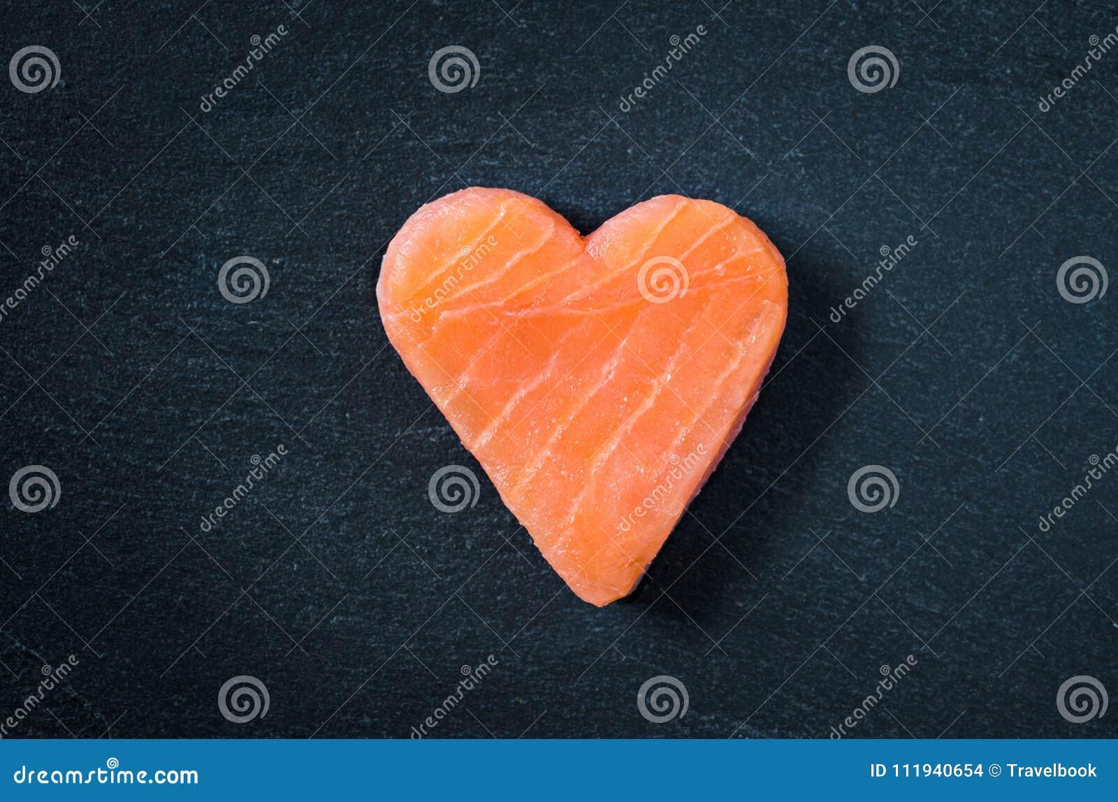 Achtergrond van de het exemplaar de ruimte zwarte lei van de zalmfilet, gezond het eten omega concept 3
