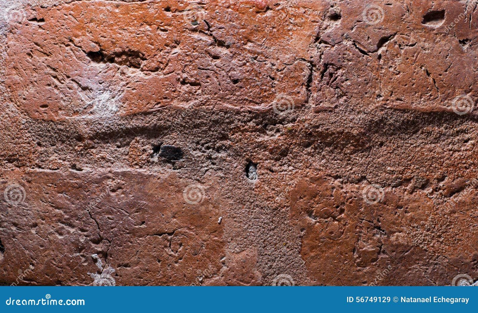 Stenen Muur Vernissen : Achtergrondmuur van blootgestelde baksteen stock afbeelding