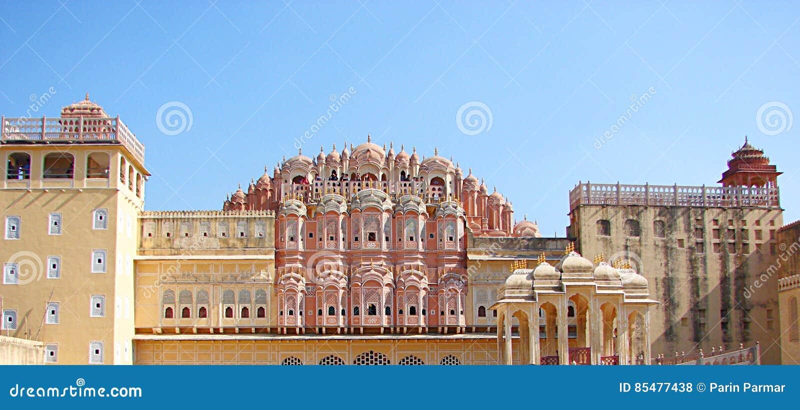 Achtermening van Hawa Mahal Palace, Jaipur, Rajasthan, India