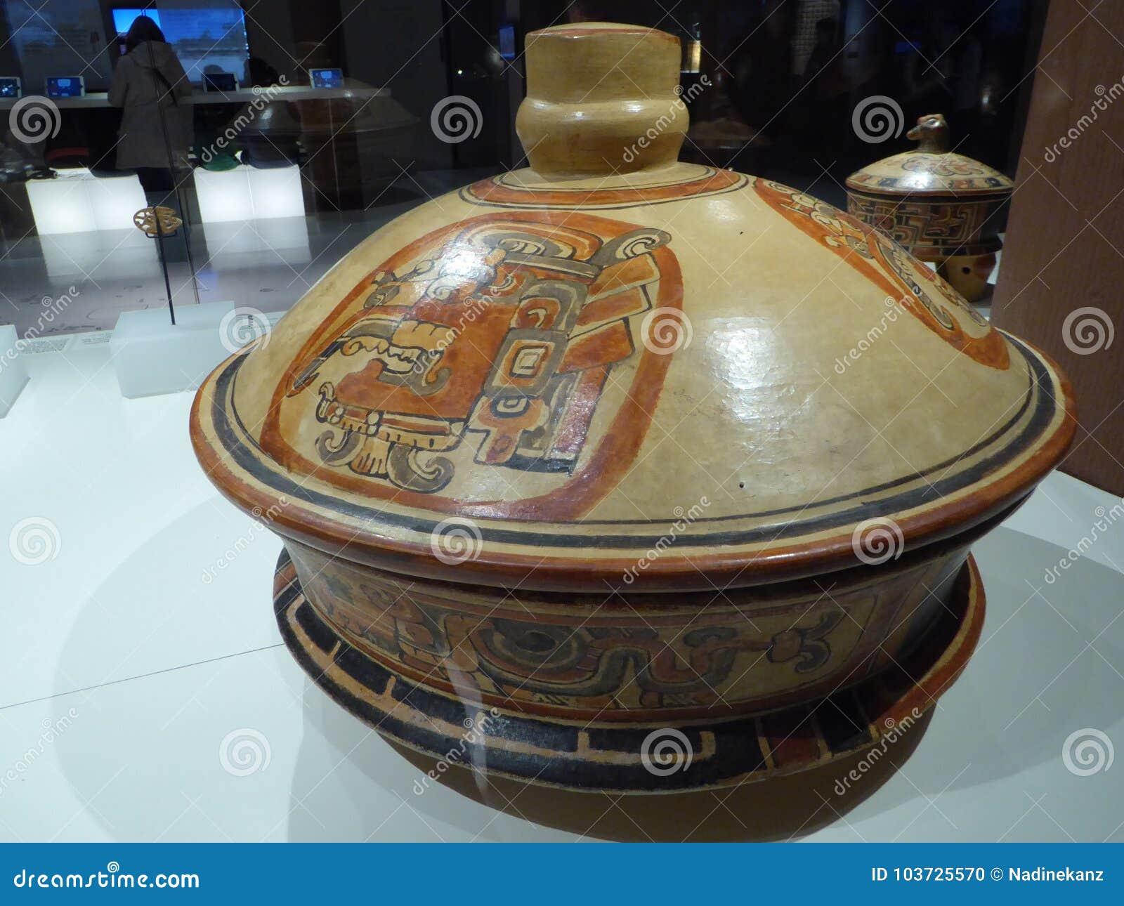 Acient kruka för Mexico Mayakonst med målningar av mayian liv