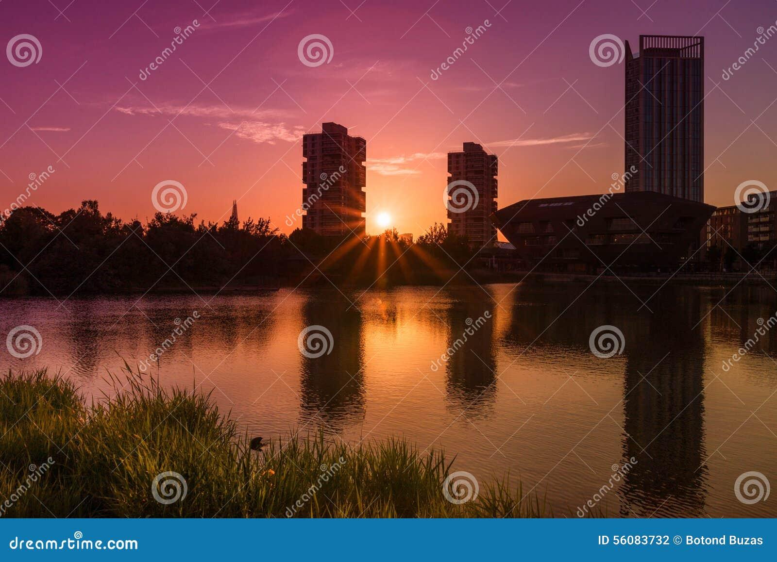 Acqua del Canada, paesaggio urbano Londra Regno Unito