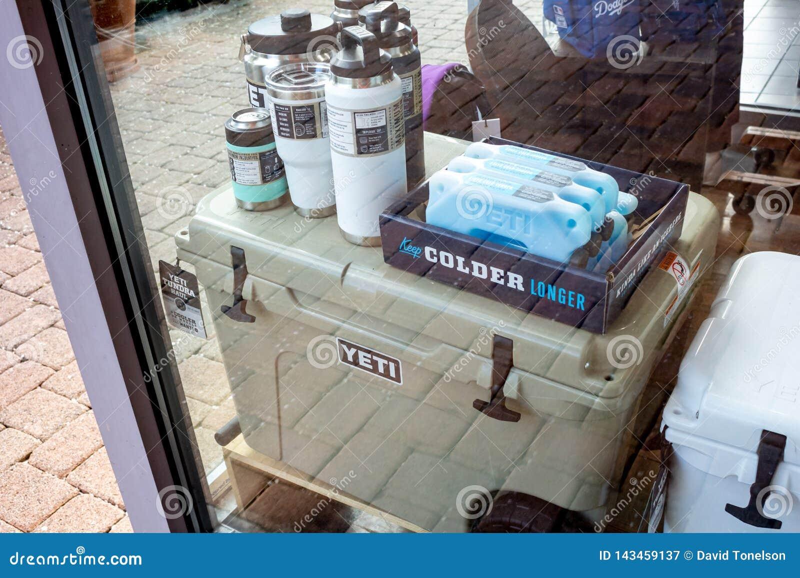 Acquisto del dispositivo di raffreddamento e della finestra degli yeti