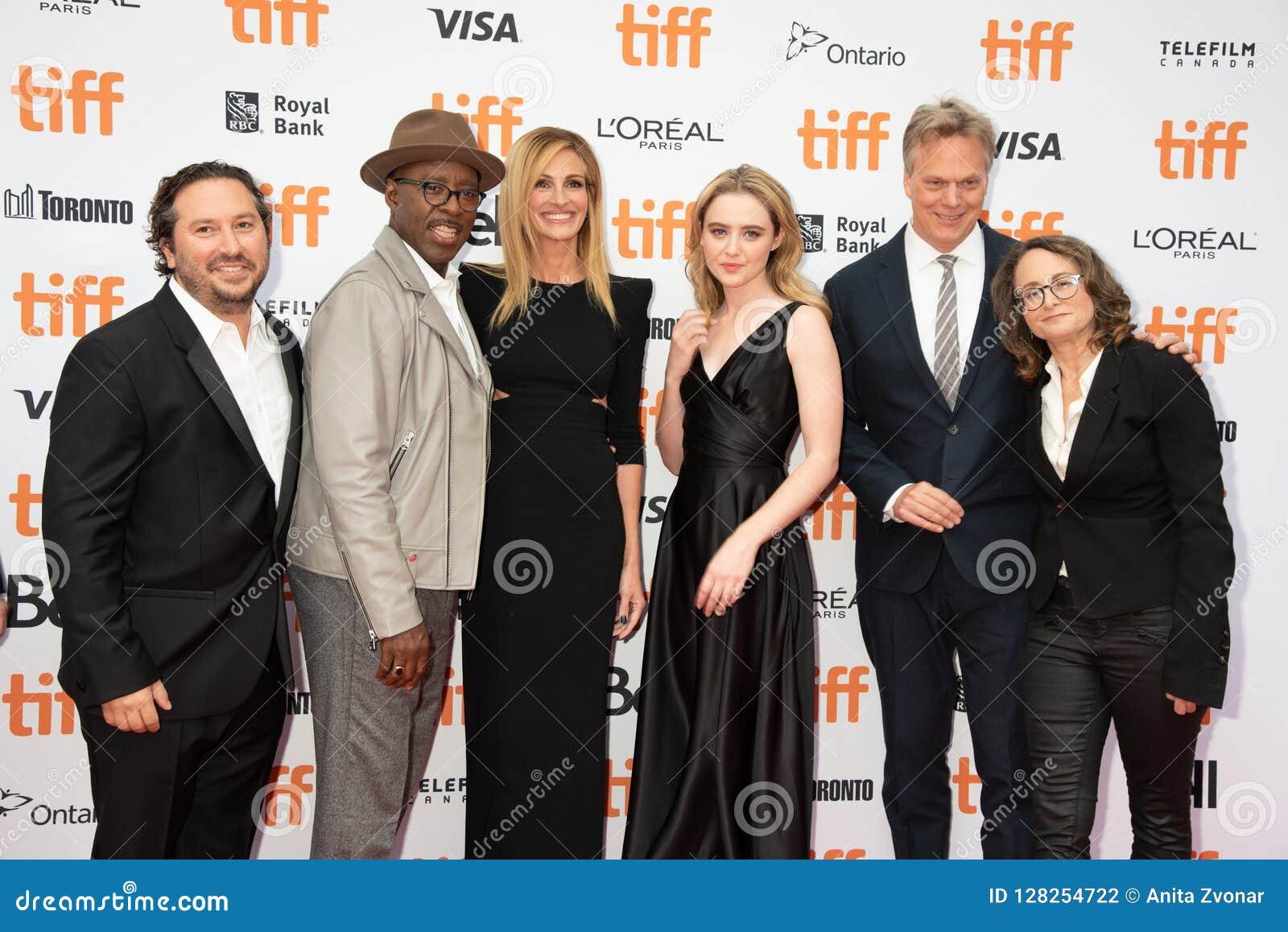 Acteurs et équipe à la première du ` de Ben Is Back de `, au festival de film international de Toronto 2018