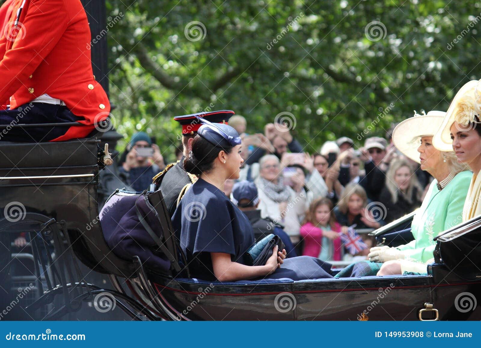 Actions de Meghan Markle et de prince Harry, Londres R-U, le 8 juin 2019 - Meghan Markle Prince Harry Trooping la famille royale