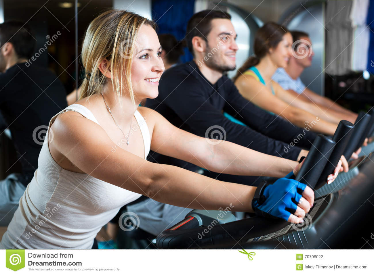 active adult fitness clubs