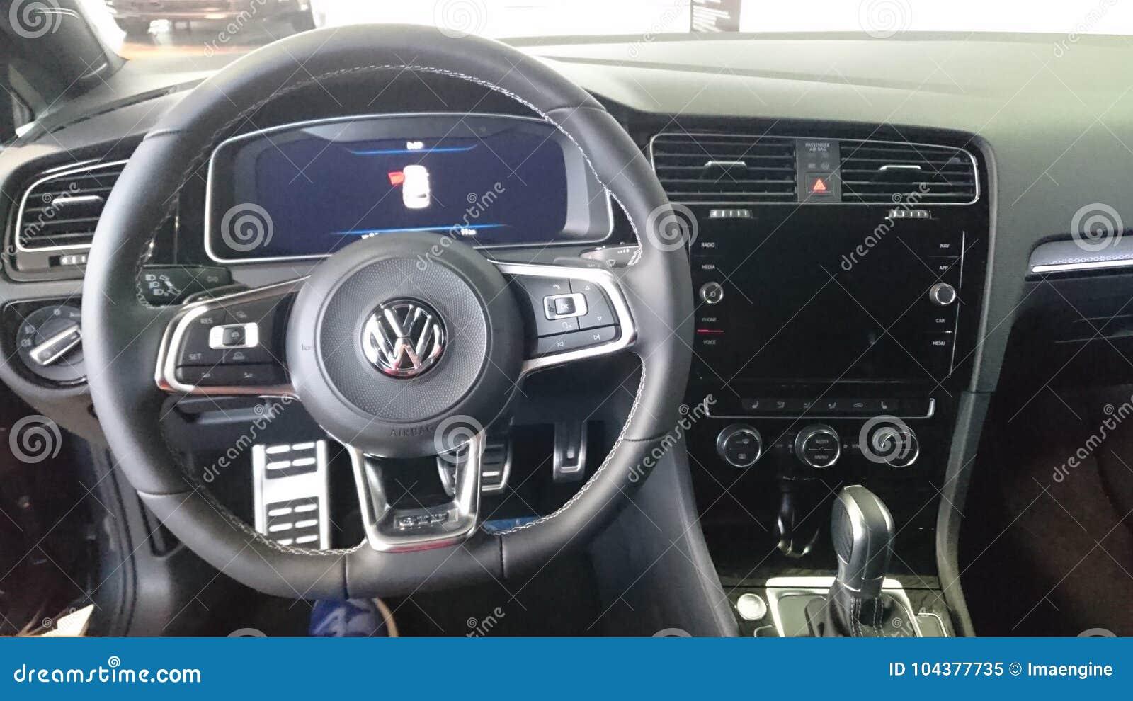 vw golf gtd hot hatch interior dashboard details editorial. Black Bedroom Furniture Sets. Home Design Ideas