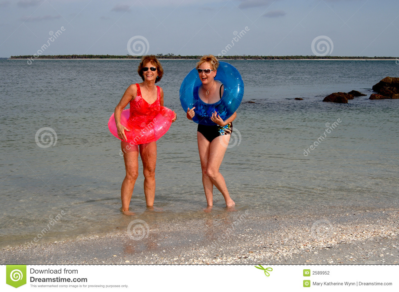 ocean isle beach single mature ladies Find the best ocean isle beach, nc women's clothing on superpages we have multiple consumer reviews, photos and opening hours.
