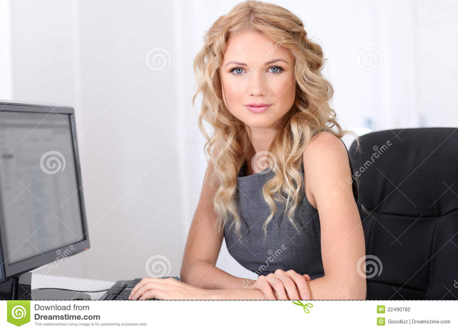 Сайт для обеспеченных дам 9 фотография
