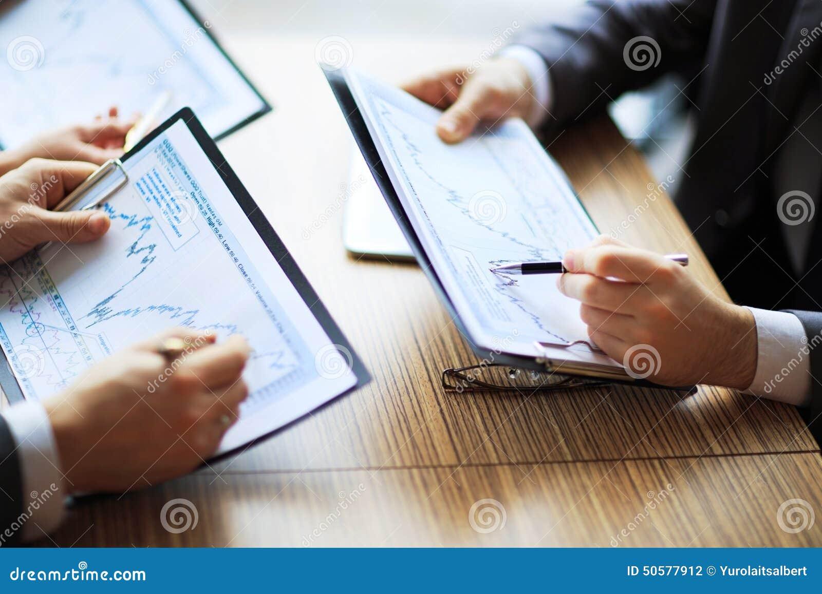 Activit bancaire ou diagrammes de comptabilit de bureau for Activite de bureau
