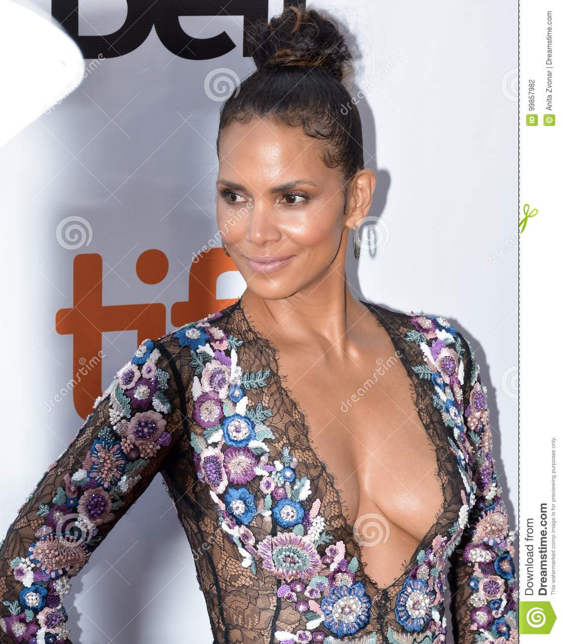 Halle Berry at the `Kings` premiere