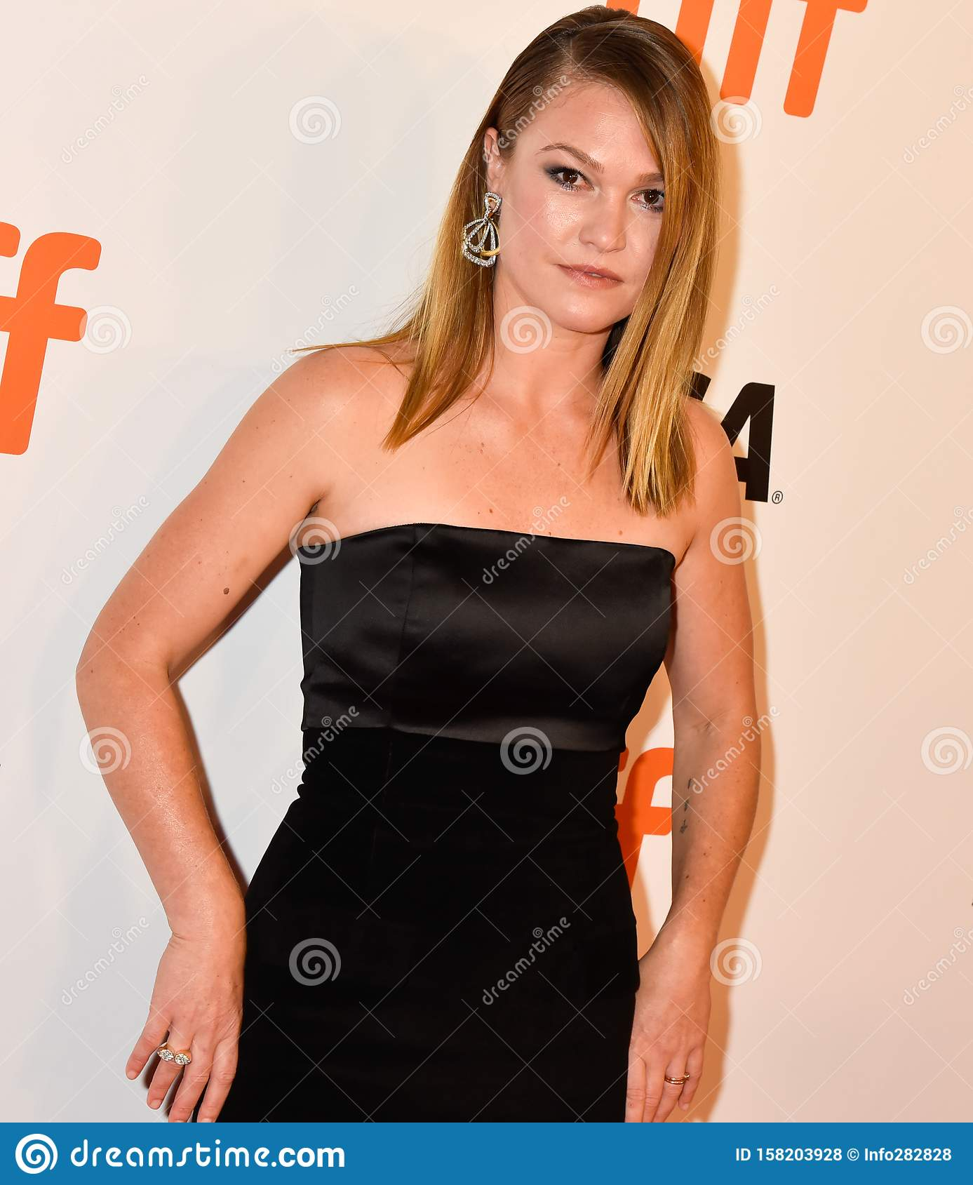 Actress Julia Stiles At Premiere Of Hustlers At Tiff2019