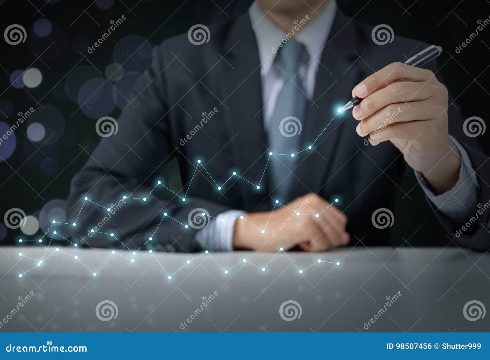 Actual gráfico del hombre de negocios con crecimiento