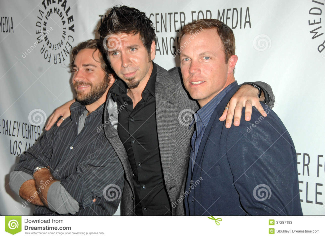 Adam Baldwin Joshua Gomez Zachary Levi Editorial Stock Photo Image Of Arclight Gomez 37287193 Join facebook to connect with joshua gómez and others you may know. dreamstime com
