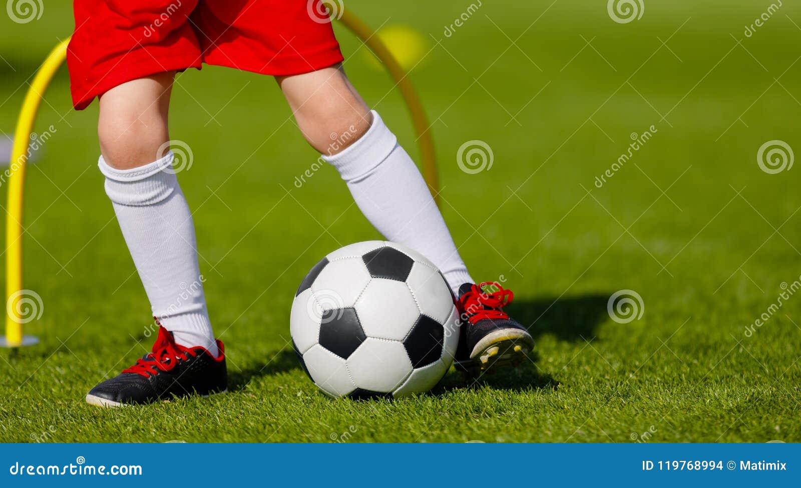 Addestramento di calcio per i bambini Junior Soccer Training Session Outdo