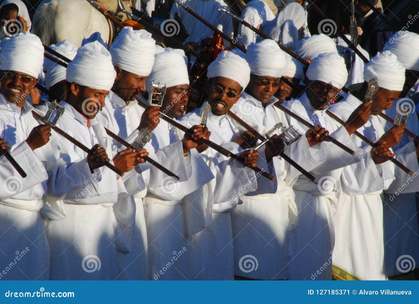 Addis Ababa, Ethiopië: Priesters die gebeden tijdens Timkat, Epiphany-vieringen scanderen