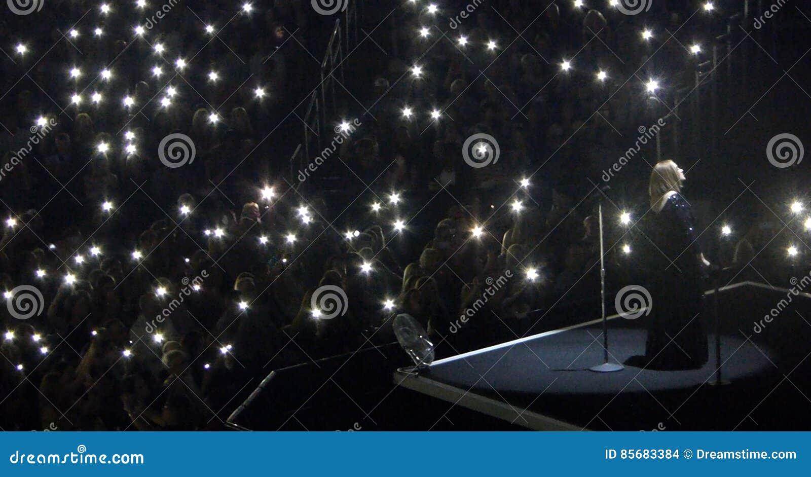 Adele Concert Tour em Los Angeles, Califórnia, EUA