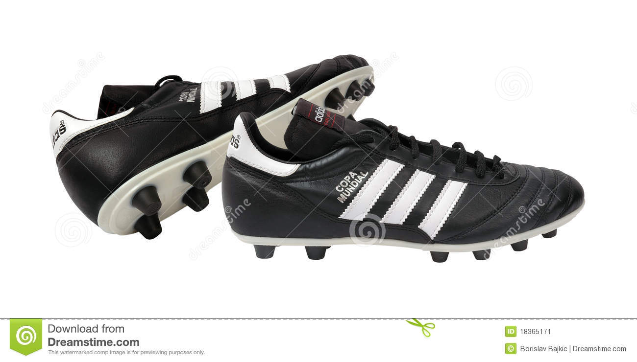 adidas-football-shoes-18365171.jpg