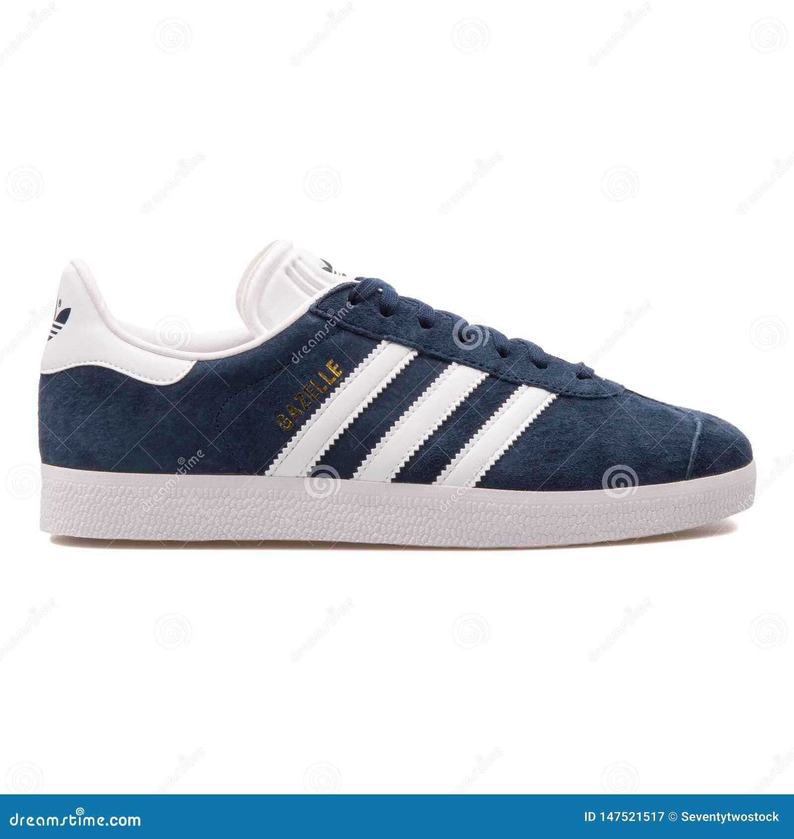 adidas Gazelle OG Navy Pink In blue please! | Sneakers
