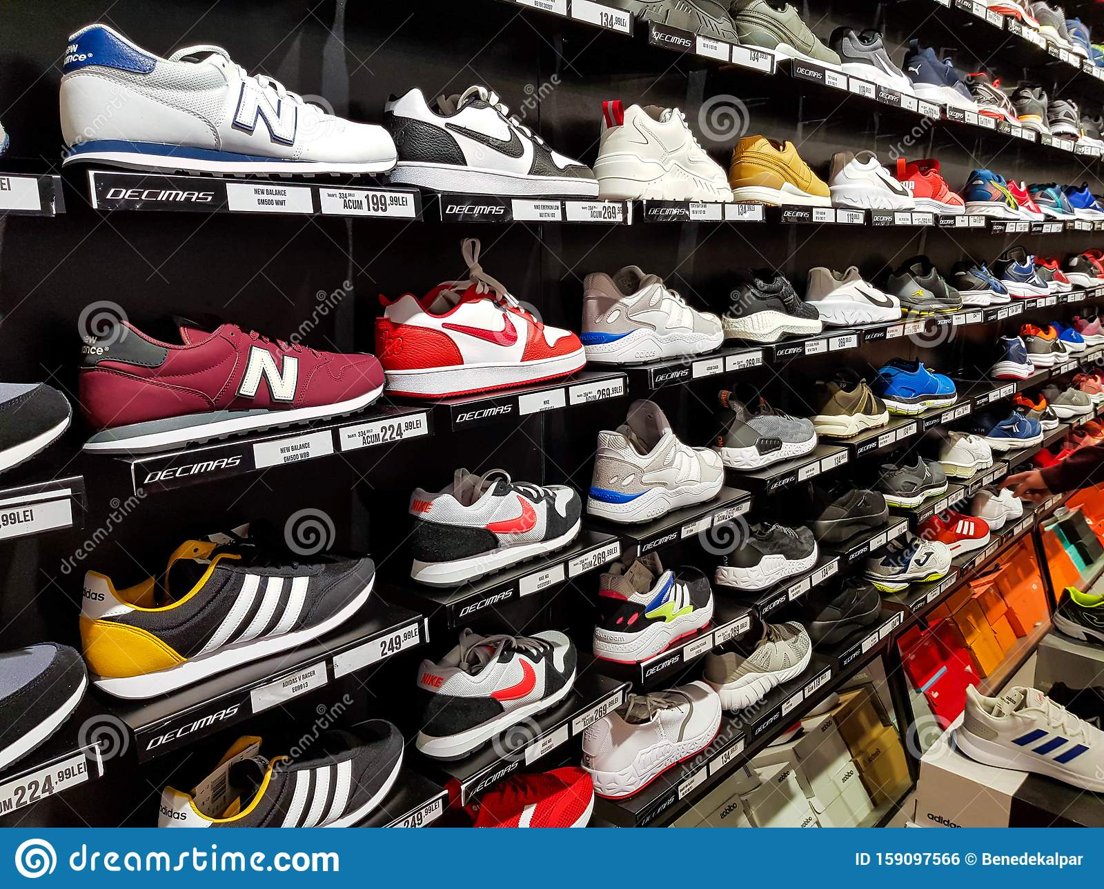 chaussures nike et adidas