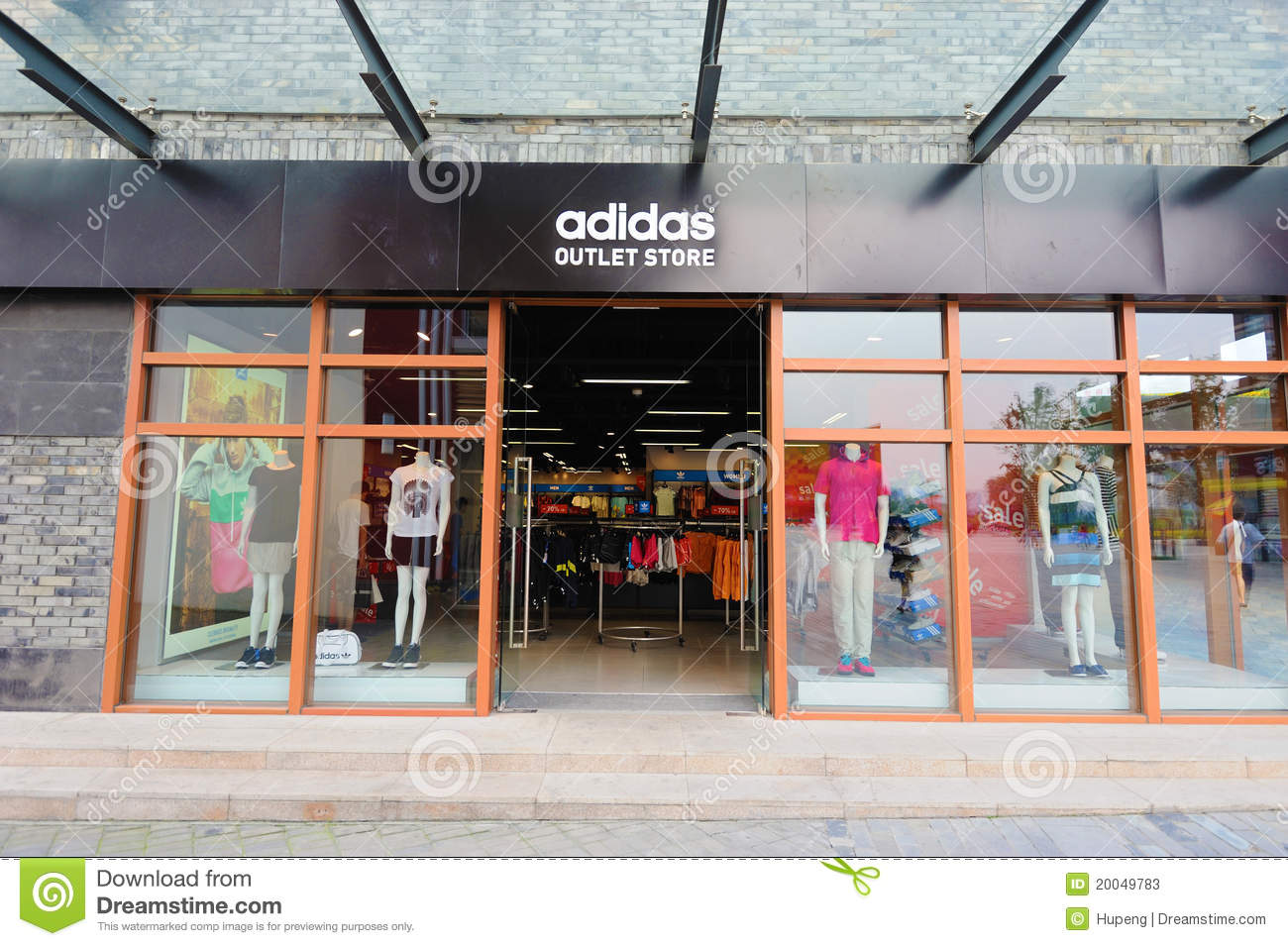 Browse the latest adidas products and shop online with us today. adidas was founded on a love for sports by a keen athlete looking to better the overall sporting experience. Churning out ground-breaking innovations with every new release, adidas has been beefing up performance amongst talented players and turning them into medal winners since