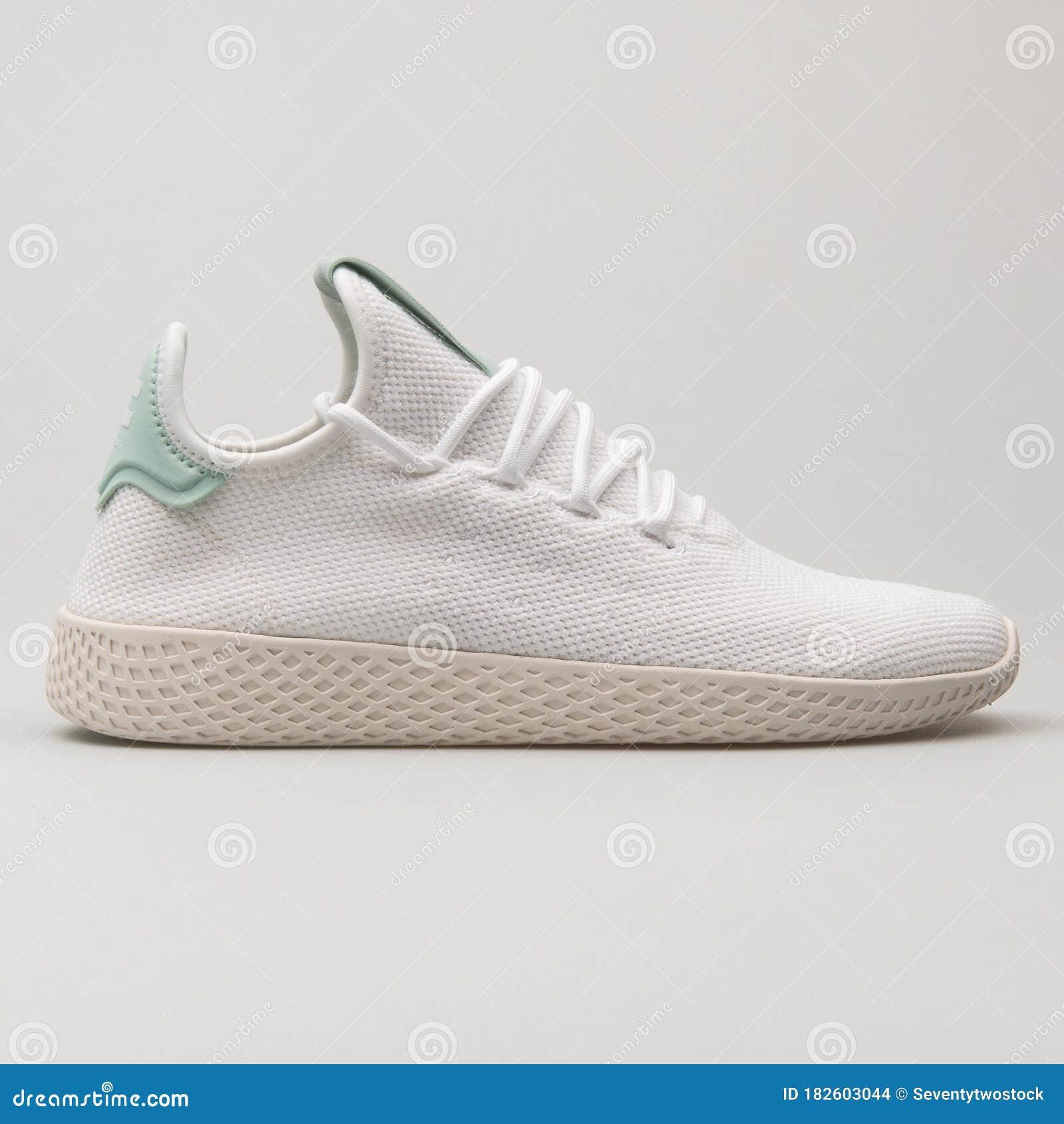 cobija Hamburguesa equilibrio  Adidas PW Tennis HU White And Green Sneaker Editorial Stock Image - Image  of sole, fashion: 182603044