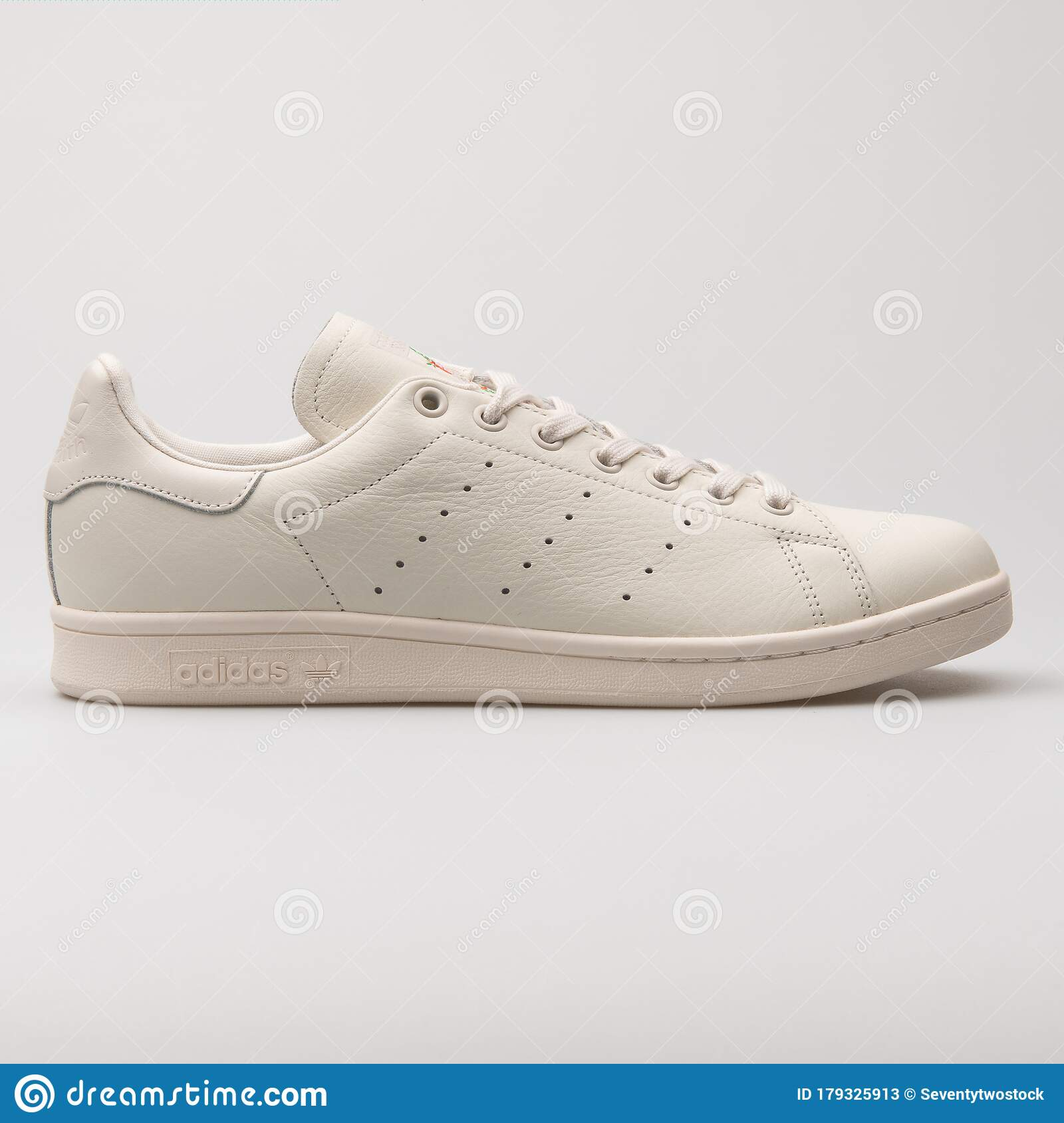 Adidas Stan Smith Beige Sneaker Editorial Stock Photo - Image of ...