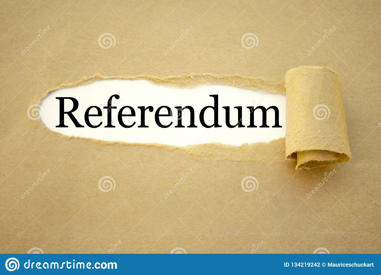 Administratie met referendum