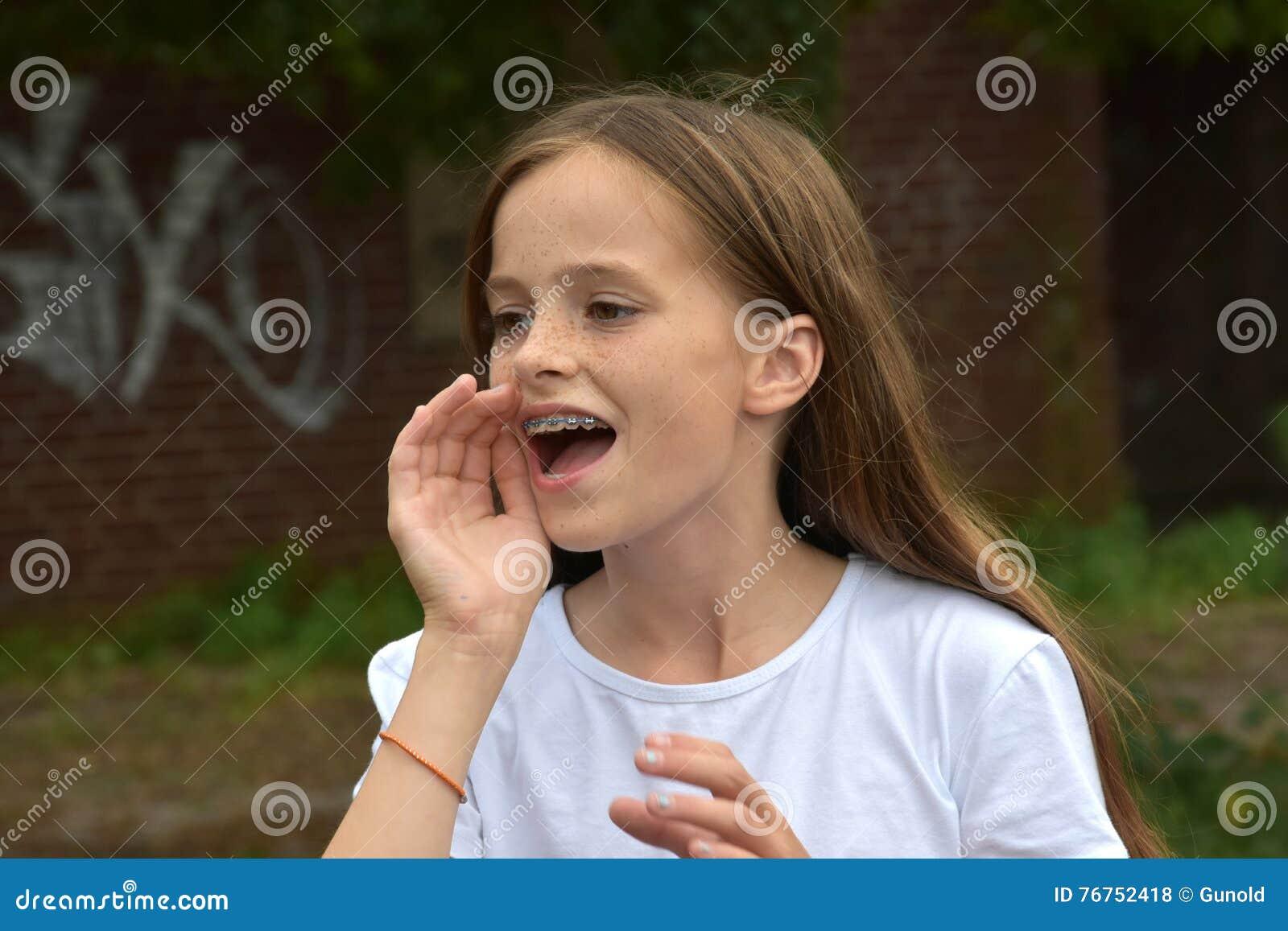 Adolescente da gritaria