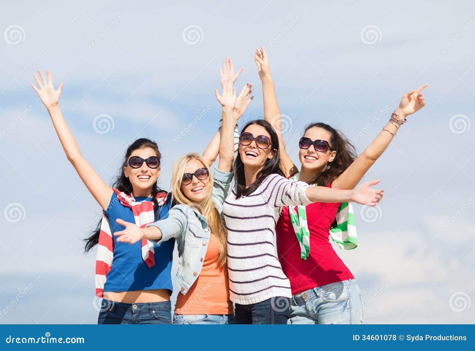 Adolescentes en chicas adolescentes