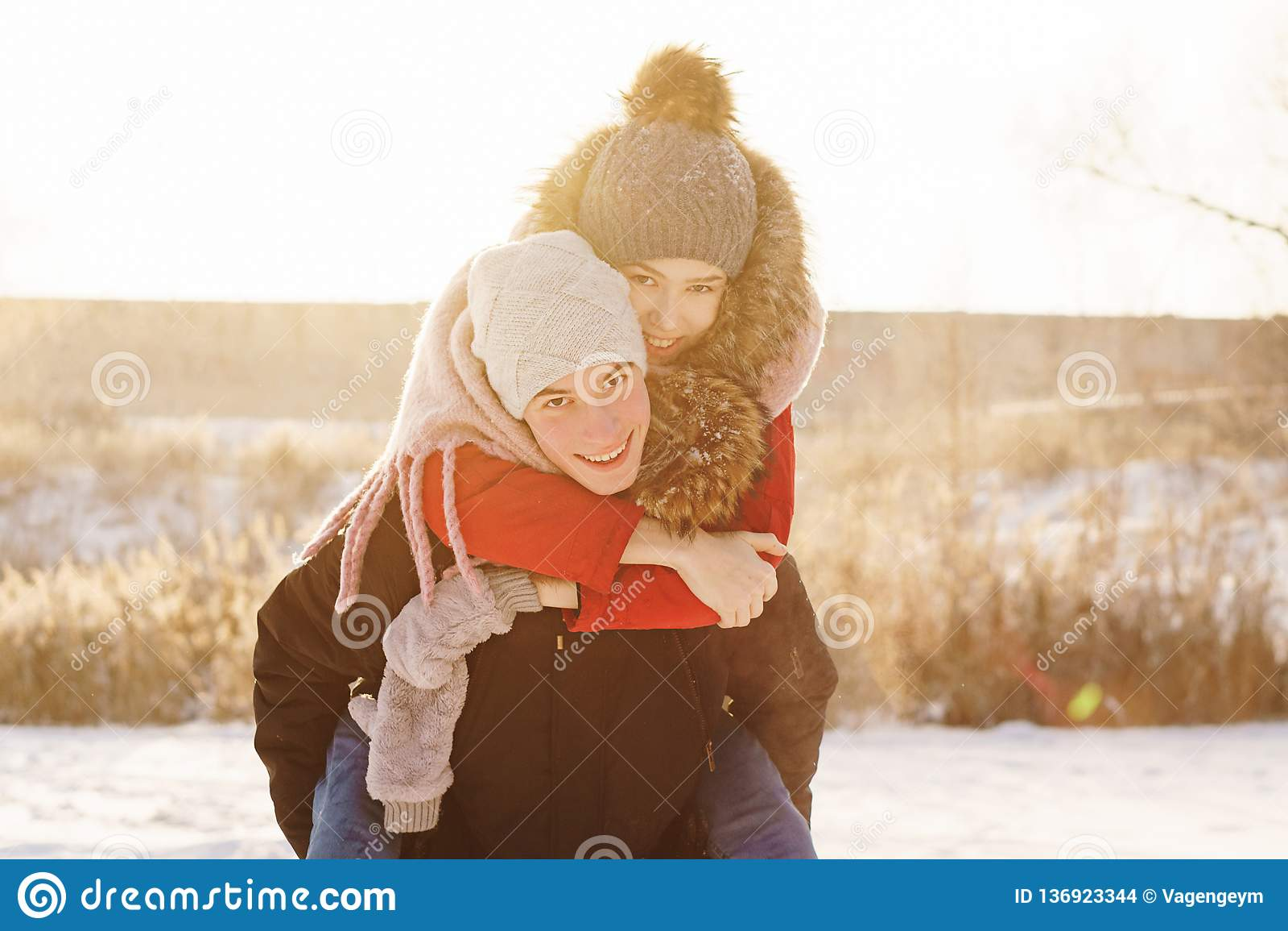 Adolescentes no amor Data no inverno