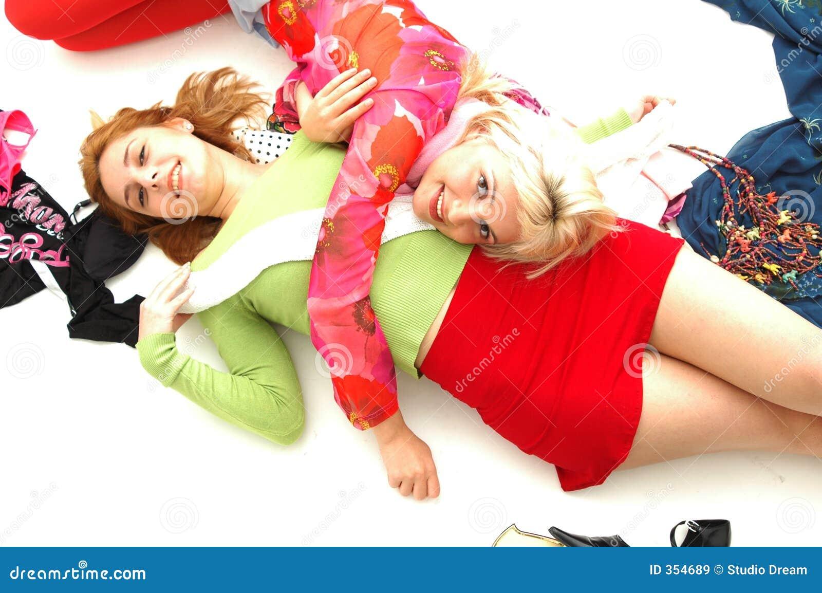 Adolescenti felici variopinti 6